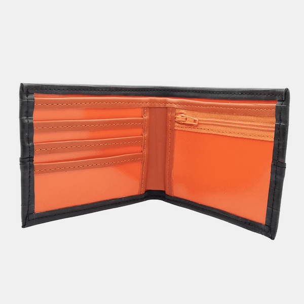 Moška denarnica Črna zračka_iz recikliranega materiala_v videzu usnja 7